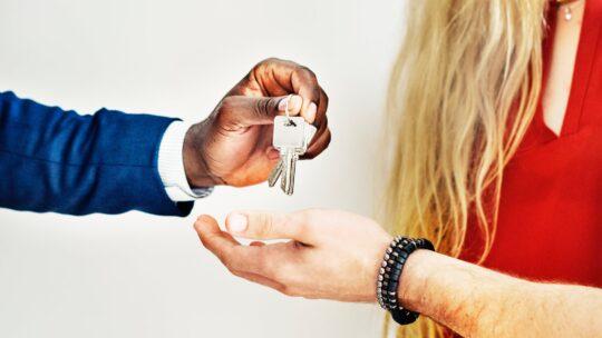 Brug køberrådgivning, når du skal købe et miljøvenligt hus