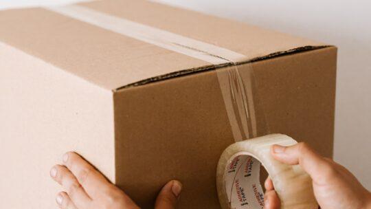 Den mest miljøbevidste måde at sende pakker på