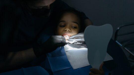 Hvordan påvirker tandkroner miljøet?